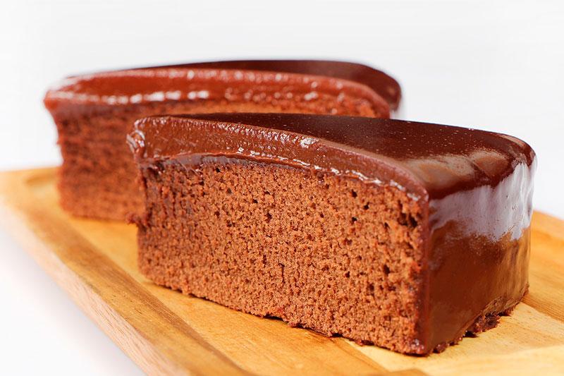 tartas para el dia de la madre bizcocho de chocolate con cobertura de chocolate leche condensada prosalud